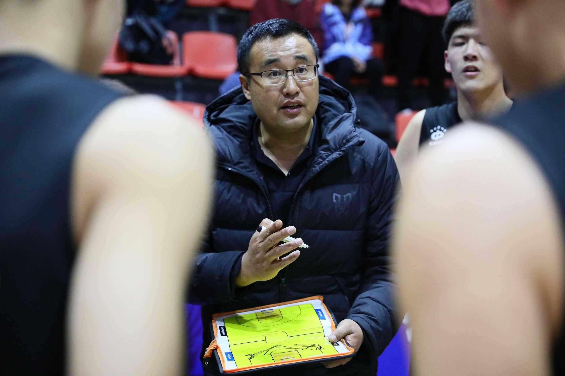 图集丨4月2日 中国初高中篮球联赛(北区赛)-高中男子组