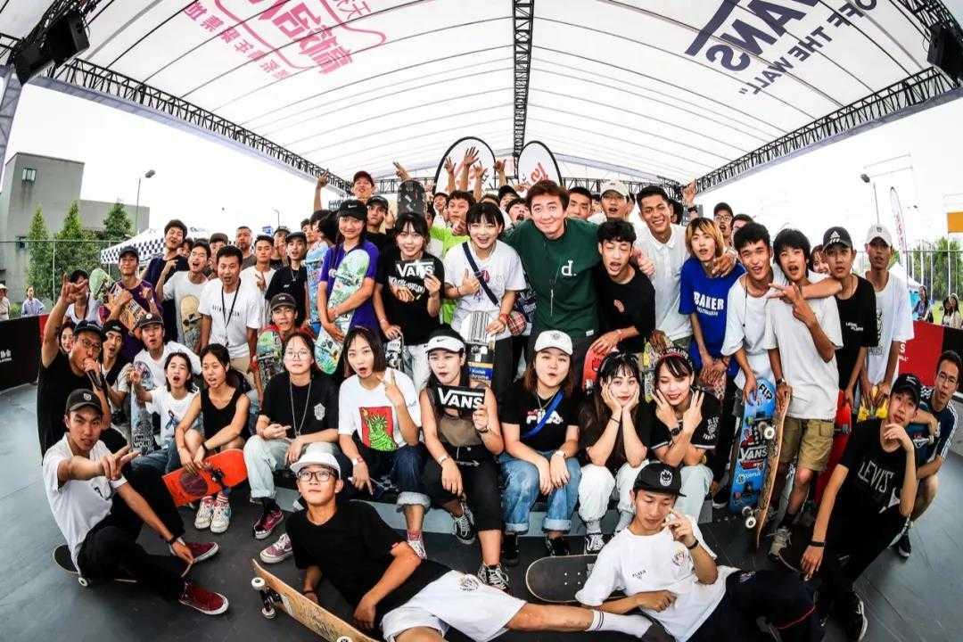 2019年中国大学生滑板联赛成都站麻辣开赛,西南赛区滑手势不可挡