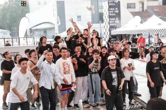 新闻 | 中国大学生滑板联赛总决赛冠军诞生
