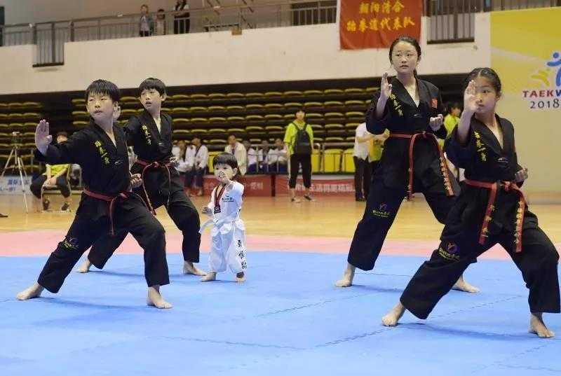中国中学生跆拳道联赛辽宁分赛在朝阳开幕